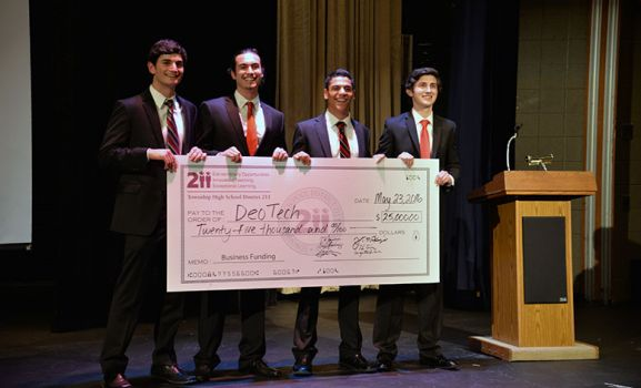 PHS Students Earn $25,000 for Business Idea in District 211 Pitch Night Competition