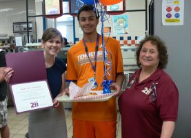 District 211 Celebrates 1 Million Meals Served This School Year
