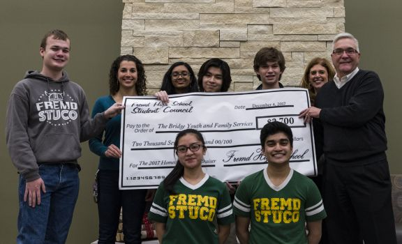 D211 Post: Fremd Student Council Makes Donation to Local Counseling Service