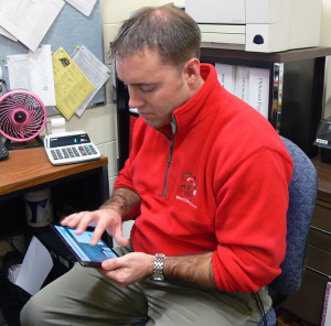 Jeff Davis, the Title 1 attendance interventionist at HEHS, has been using the app Remind101 to help students get out of bed and to school on time.